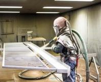 Tryskanie - príprava kovov pred farbením