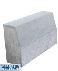 Betónové obrubníky a krajnice