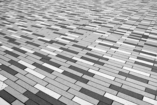 Zámkové a betonové dlažby