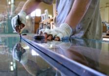 Řezání, vrtání, lepení skla - Petr Synecký
