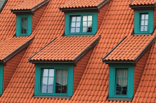 Rekonstrukce fasád a střech