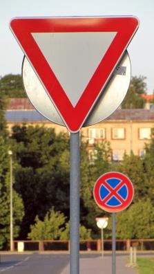 Bezpečnostní a dopravní značení