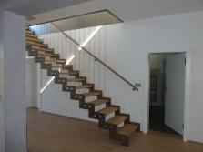 Nerezová schodiště a zábradlí