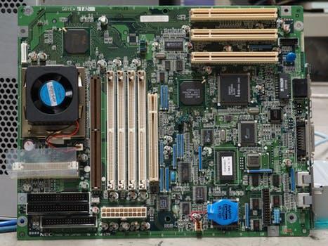 Výroba elektronických zariadení