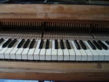 Generální opravy klavírů