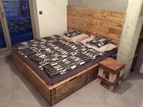 Manželské postele z palet - Josef Chmurčiak