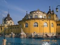 Maďarsko, víno, přírodní parky a termální lázně