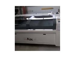 Laser Aol CO2 pro řezání a gravírování nekovových materiálů Plastpol, s.r.o.