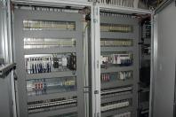 Řídicí systém s PLC