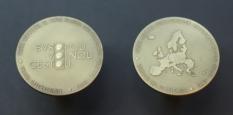 Oboustranná medaile pro vstup do Schengenského prostoru