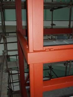 Výtahové šachty v exteriéru