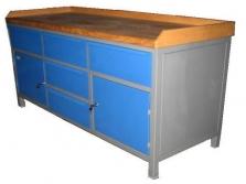Pracovní stoly a skříně