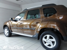 Bočné ochranné lišty dverí Dacia Duster 2011r.