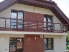 Balkónové, terasové a interierové zábradlie