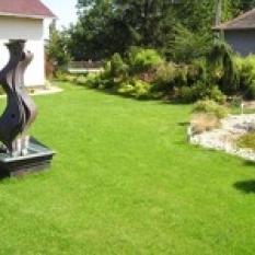 Umelecké diela na záhradách