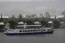 Gastronomický a ubytovací servis na palubě