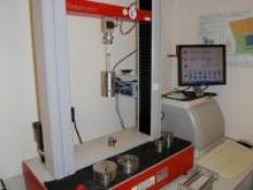 Kalibrace strojů v tahu a tlaku