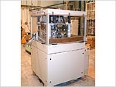 Rotorový tabletovací lis na výrobu 3- farebných tabliet
