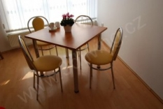 Jídelní set Tulipan - stůl + 4 židle