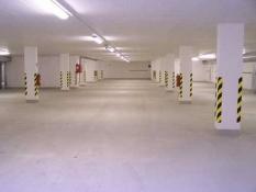 Upratovacie a čistiace práce - Čistenie a upratovanie garáží