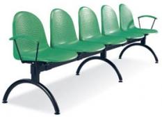 Ponúkame sedenie do čakarní Amigo.