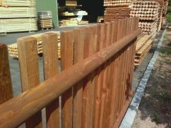 Dřevěný plot typ Standard - plotový díl dl. 200 cm | Hledat.cz