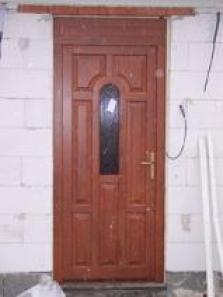 Dvere vchodové euro68