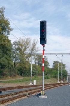 Světelná návěstidla pro železnice AŽD 70