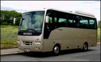 Doprava autobusem Isuzu pro 30 osob
