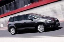 Rodinný Peugeot  5008