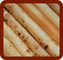 Tycinky údené s cesnakom, pizza, pikant