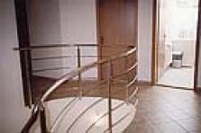 Nerezová zábradlí schodiště