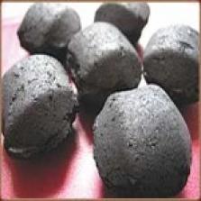 brikety z dreveného uhlia