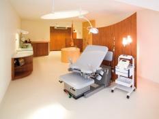 Partura - pohodlné a mnohostranné pôrodné lôžko