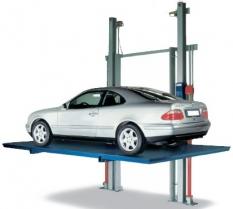 Elektricko-hydraulická zdvíhacia plošina určená na prepravu motorových  vozidiel Move 30L