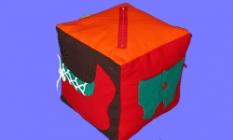 kocka na zapínanie