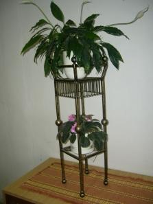 Stojany na kvetináče