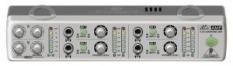 AMP800 -  ultra kompaktný 4-kanálový slúchadlový predzosilnovač