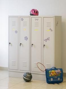 Šatníky pre školákov a predškolákov
