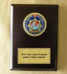 IPA037 Plaketa s odznakom