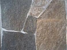 Andezit A1 10-50cm hr. 1-2 cm šedohnedý