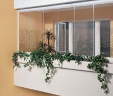 Zasklenie balkónov a logií - Bezrámový systém