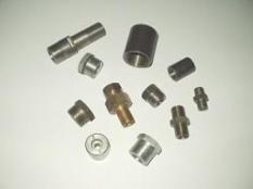 Výroba kovových nôh lavíc a stolov