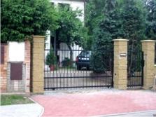 Pojezdové brány