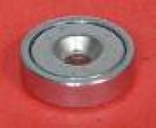 Magnet pro zápustny šroub