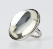 Stříbrný prsten s čirým krystalem Kenneth Jay Lane