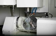 Výroba vstřikovacích forem a plastů