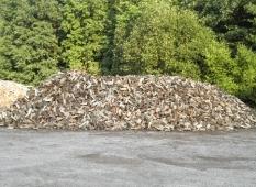 výroba a prodej štípaného palivového dřeva