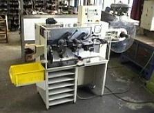 Stroj na tvarování a stříhání izolací SUVT 4