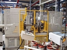 Stroj na koncové tvarování statorových cívek EFM 204
